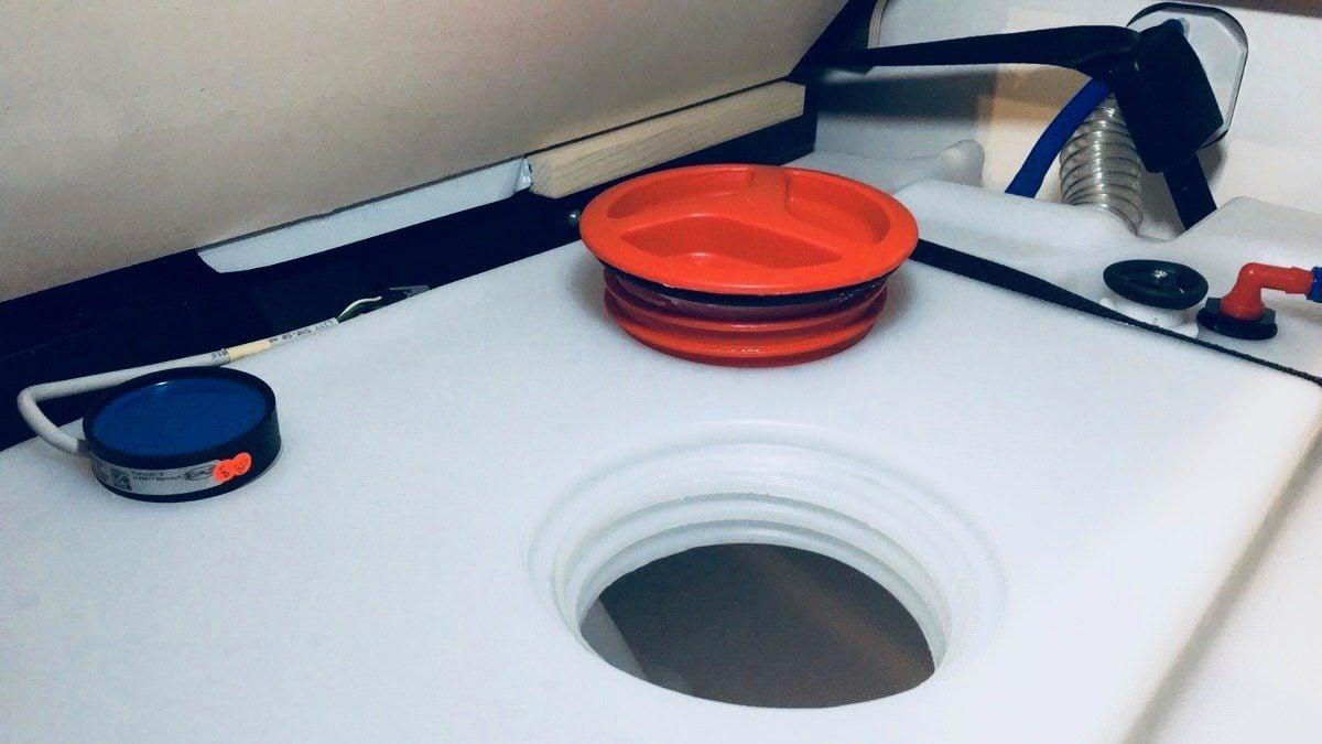 Mit 10 einfachen Regeln den Frischwassertank dauerhaft sauber